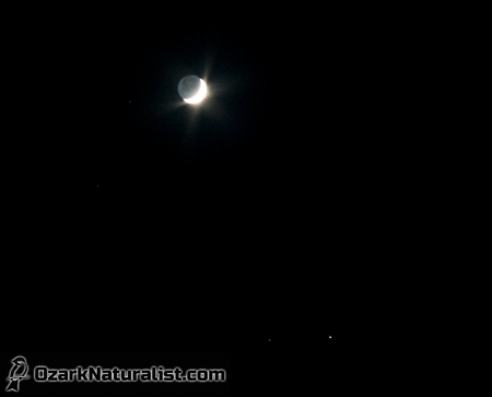 moon-saturn01_10-16-15