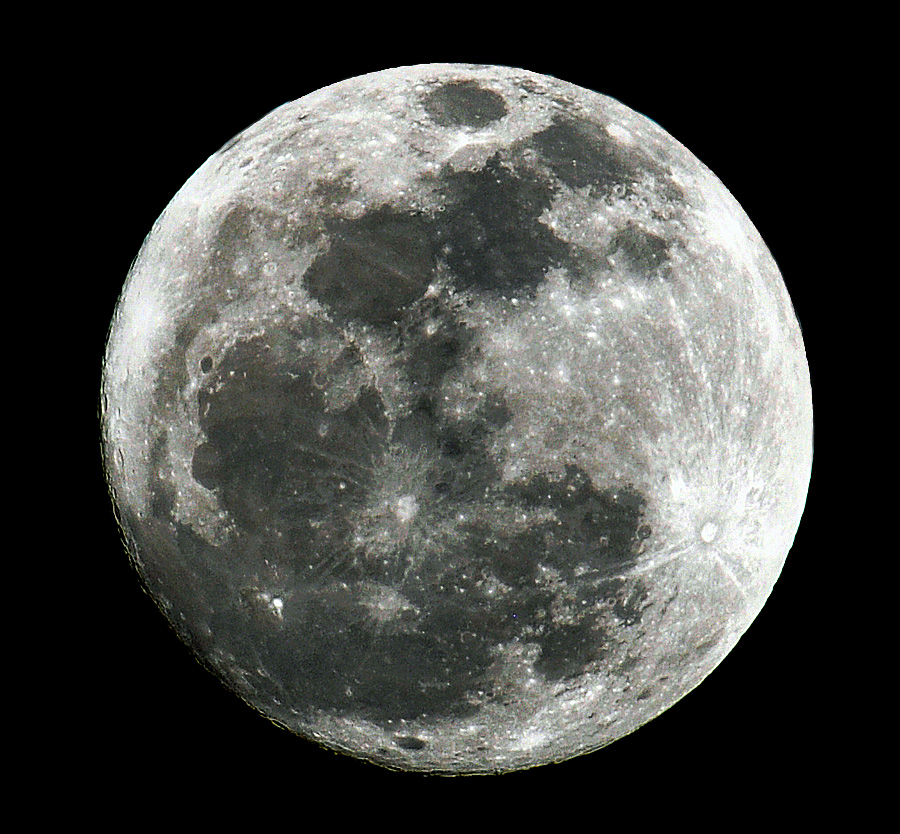 Once in a blue moon an ozark naturalist - Moon close up ...
